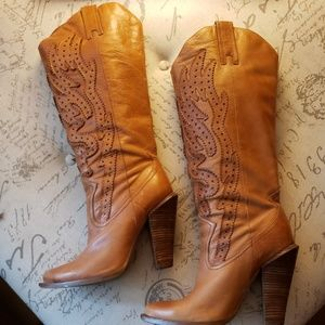 Jessica Simpson Abilene leather boots
